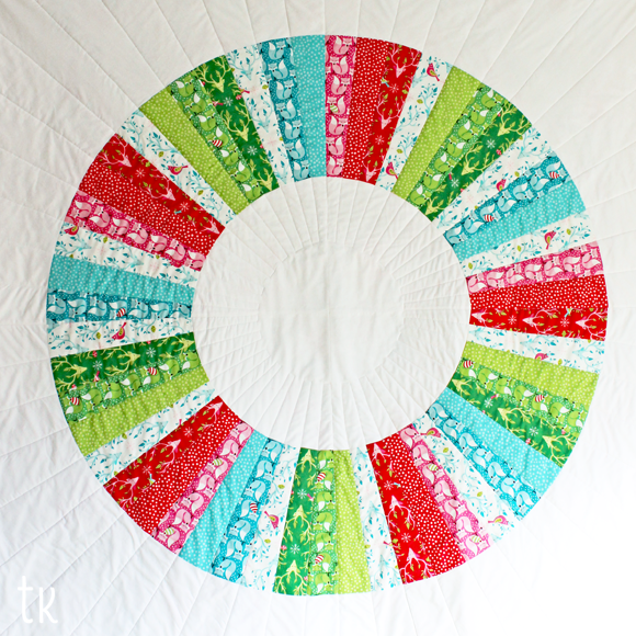 tamara kate - festive wreath quilt